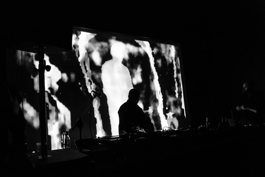 DJ HVAD at Platform 4 with MOTORSAW aka. sunep visuals